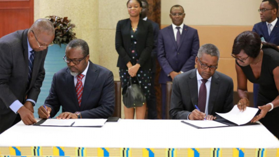togo-dangote-inks-two-major-deals-with-the-government-to-invest-in-the-cement-and-phosphate-sectors