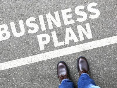 le-faiej-forme-65-jeunes-entrepreneurs-a-la-creation-et-a-l-elaboration-de-plans-d-affaires