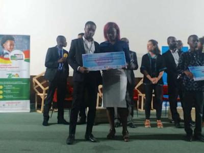 pitch-your-startup-idea-with-his-kondjigbale-app-yvon-koudam-wins-first-prize