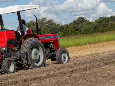 rencontre-avec-klingo-la-startup-qui-reve-de-mecaniser-l-agriculture-togolaise