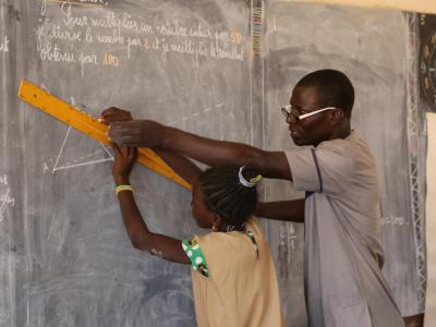 togo-une-aide-financiere-de-l-etat-aux-enseignants-volontaires