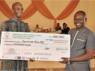 le-togo-a-mis-a-l-honneur-ses-jeunes-entrepreneurs