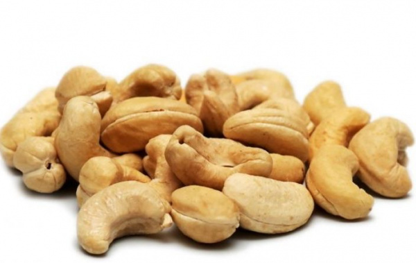 togo-government-implements-tax-to-boost-cashew-export-revenues