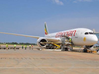 aeroport-de-lome-plus-de-1000-tonnes-de-frets-traites-en-moins-de-deux-mois