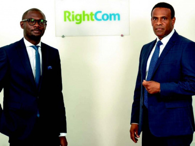 le-groupe-togocom-recrute-rightcom-pour-ameliorer-son-experience-client