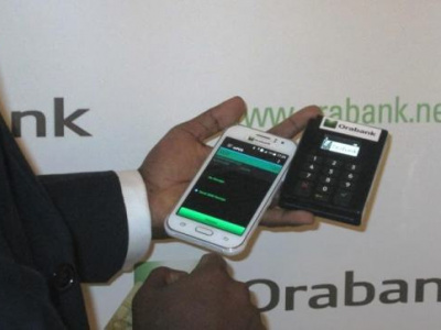 orabank-togo-innovates-with-contactless-payment