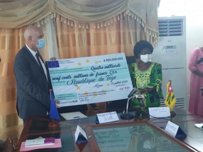 appui-budgetaire-l-ue-decaisse-4-9-milliards-fcfa-en-faveur-du-togo