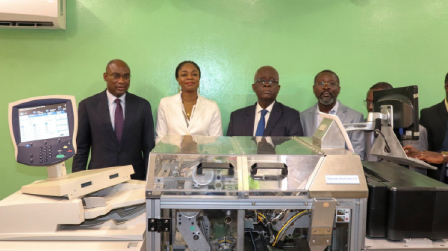 togo-government-gets-an-expresso-book-machine-for-the-universities-of-kara-and-lome