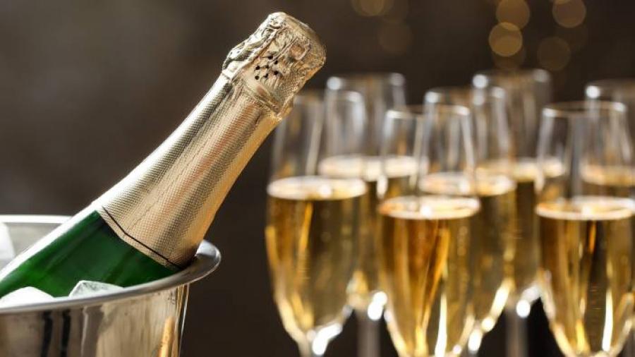 le-togo-a-importe-pres-de-160-000-bouteilles-de-champagne-en-2019-cicv