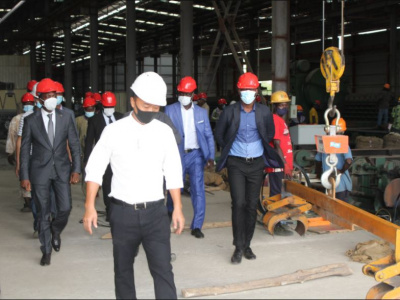 togo-un-investissement-de-25-millions-dans-manumetal-une-usine-de-recyclage-de-fer-a-beton