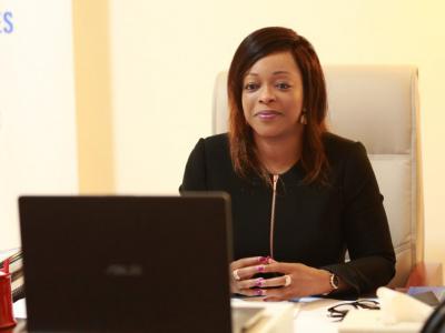 soigner-les-certitudes-l-ouvrage-de-reckya-madougou-pour-sortir-l-afrique-de-l-assistanat